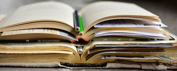 Studieren Bücher